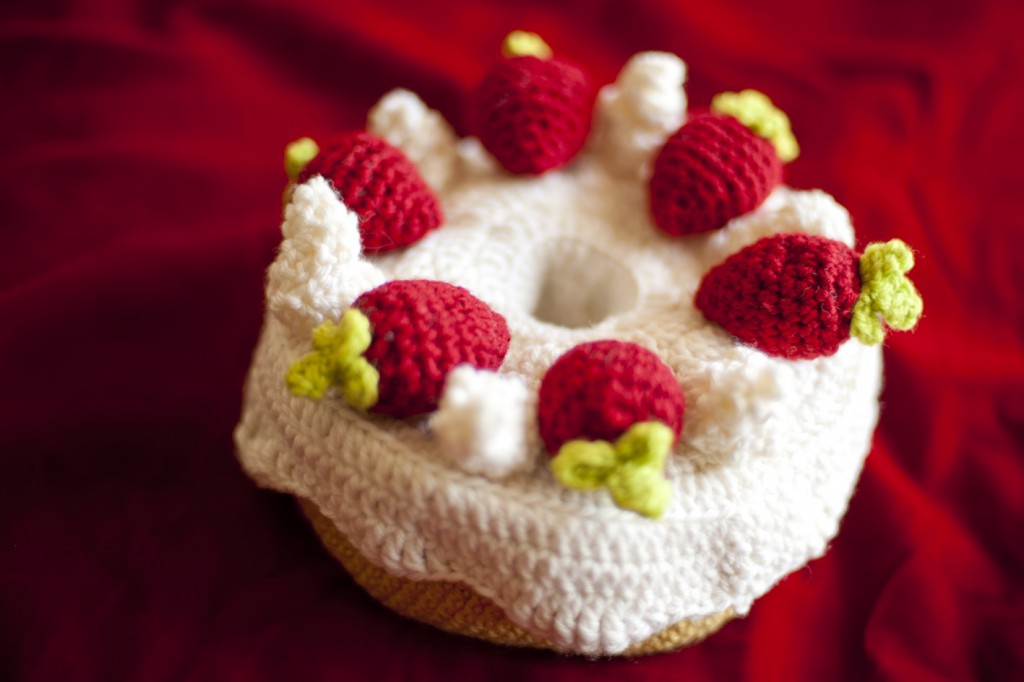 Angel Food Cake Amigurumi Openable Container Plush Toy. Photography by Gianna Grbich, 2011.